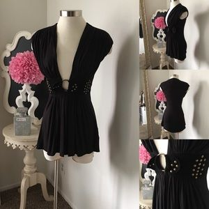 🌺 Sky Brand  Awesome Black Top - V Front